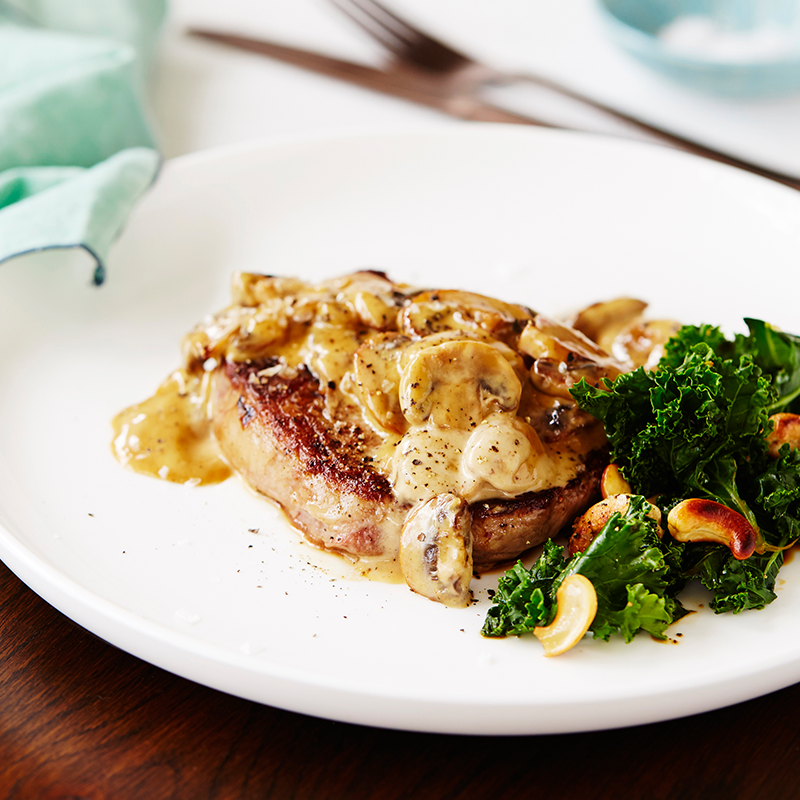 rib-fillet-steak-kale-salad